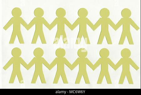 Les hommes de papier jaune, sur fond blanc Banque D'Images