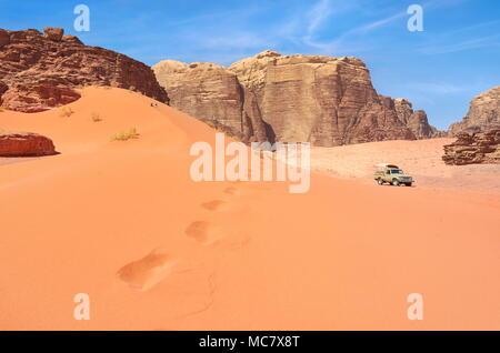 Dune de sable rouge, le désert de Wadi Rum, Jordanie Banque D'Images