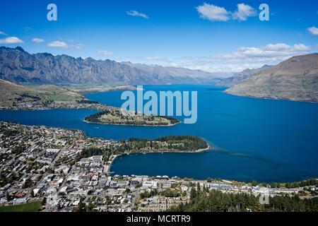 Le lac Wakatipu et Queenstown, île du Sud, Nouvelle-Zélande. Banque D'Images