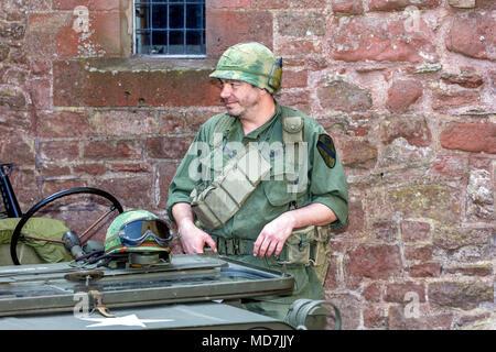 GI américain Jeep tour de garde Banque D'Images