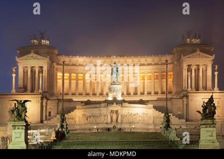 Vittoriano, monument de Vittorio Emanuele, monument de Vittorio Emanuele II, photo de nuit, la Place de Venise, Rome, Latium, Italie Banque D'Images