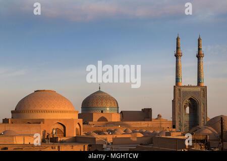 Mosquée Jameh ou également connu sous le nom de mosquée de vendredi au lever du soleil, à Yazd, Iran Banque D'Images