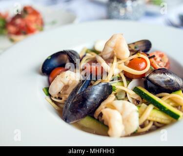 Linguine aux fruits de mer Banque D'Images