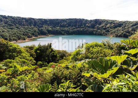 Au Lac Botos Poas volcan au Costa Rica