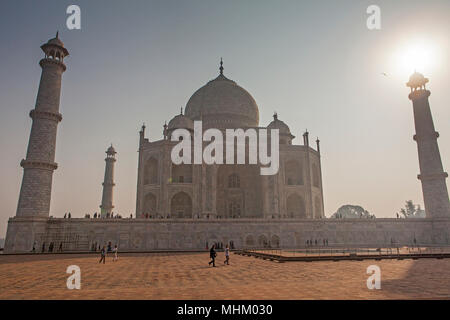 Taj Mahal, UNESCO World Heritage Site, Agra, Uttar Pradesh, Inde Banque D'Images