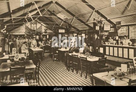 Eagle Hut coin saloon, YMCA, Aldwych, London, avec lettre espace tables. Date: vers 1919 Banque D'Images