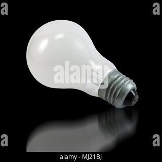 Ampoule à incandescence sur noir Banque D'Images
