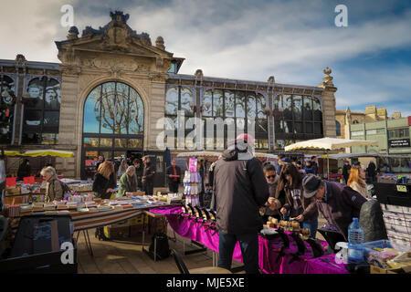 Journée sur le marché de Narbonne Banque D'Images