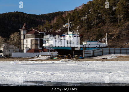 L'Asie, la Russie, la Sibérie, la Bouriatie, oblast d'Irkoutsk, lac Baïkal, Listvyanka