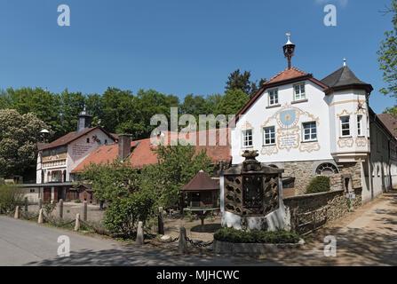 Bâtiment de l'ancien monastère et aujourd'rider rettershof cour dans le Taunus, Hesse, Allemagne Banque D'Images