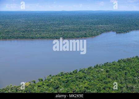 L'Iguaçu Iguazu et parcs nationaux et de l'Iguacu River sur la frontière brésilienne et argentine Banque D'Images