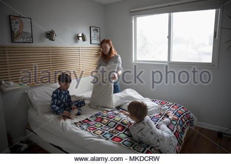 Mère et fils en double Banque D'Images