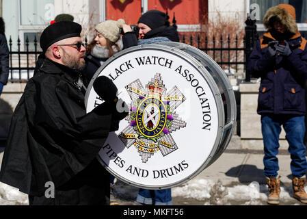 Un batteur des Black Watch sur le défilé de la St Patrick's Day fête à Montréal