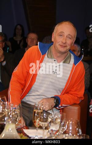 Émission-NDR de Hambourg. Avec: Emmanuel Peterfalvi alias 'Alfons' (Kabarettist) Où: Hambourg, Allemagne Quand: 06 Avr 2018 Crédit: Becher/WENN.com