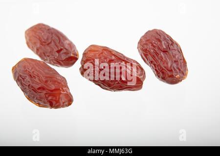 Dattes séchées (fruits de palmier dattier), high angle view, image de grande qualité, selective focus Banque D'Images