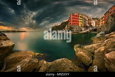 Riomaggiore, Cinque Terre, Italie Banque D'Images