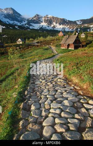 Tôt le matin dans la vallée Gąsienicowa, printemps, Tatras, Pologne Banque D'Images