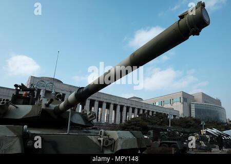 Un K1 88-Tank affiché au Monument commémoratif de guerre de Corée museum situé dans le quartier de Yongsan-gu dans la ville de Séoul, capitale de la Corée du Sud