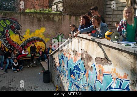 Rome. 'Machiavelli' high school occupées par des étudiants qui protestent contre les coupures du gouvernement sur l'éducation. L'Italie. Banque D'Images