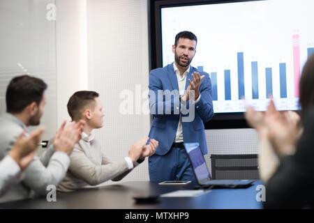 Photo de réunion d'affaires dans la salle de conférence Banque D'Images