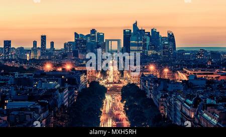 Coucher de soleil sur Paris vu de l'Arc de Triomphe Banque D'Images