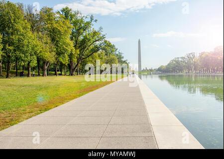 Washington, DC: Octobre 2016 Un rare moment de calme sur le National Mall à la capitale des Nations au milieu ont des chaos in White House