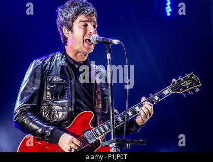 Noel Gallagher et le High Flying Birds live au Festival victorieux en 2016. Banque D'Images