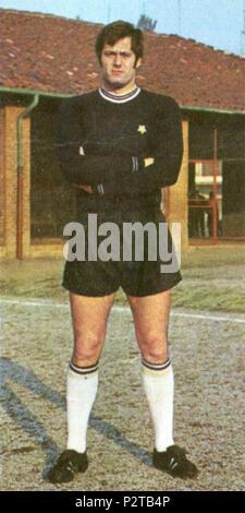 . Italiano: Il portiere di calcio italiano Massimo Piloni alla Juventus all'inizio della stagione 1970-71. vers 1970. Inconnu 54 Massimo Piloni - Juventus FC 1970-1971 Banque D'Images