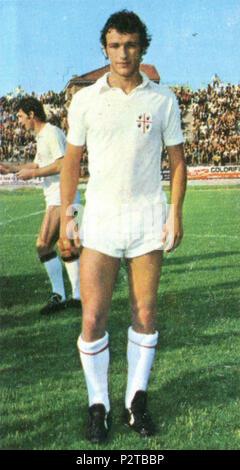 . Italiano: Il calciatore italiano Roberto Quagliozzi al Cagliari tous'inizio della stagione 1974-75. circa 1974. Inconnu 76 Roberto Quagliozzi - Cagliari Calcio 1974-1975 Banque D'Images