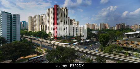 Logement Singapour Development Board (HDB) appartements à Bukit Panjang et la voie TLR Banque D'Images