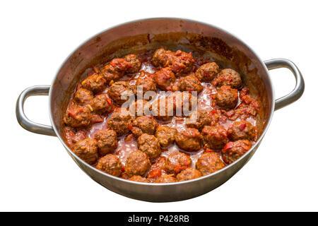 Boulettes de viande avec sauce tomate dans une casserole Banque D'Images