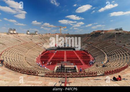 Vérone, Italie - 26 mai 2017: vue de l'intérieur de l'Arena di Verona - un ancien amphithéâtre romain à Vérone, Italie Banque D'Images