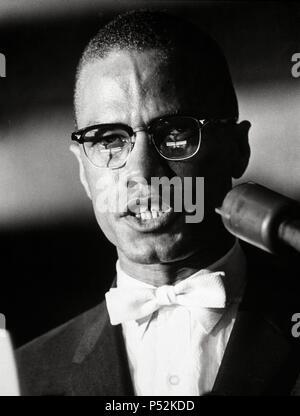 Malcolm X, ministre musulman, conférencier et militant des droits de l'homme. Banque D'Images
