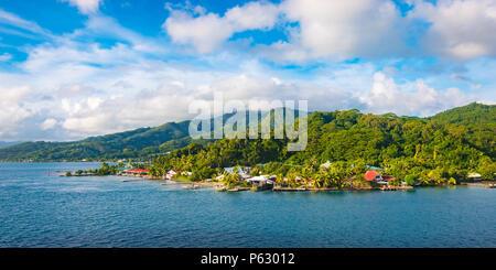 Paysage panoramique de Raiatea, Iles de la société, Polynésie Française Banque D'Images