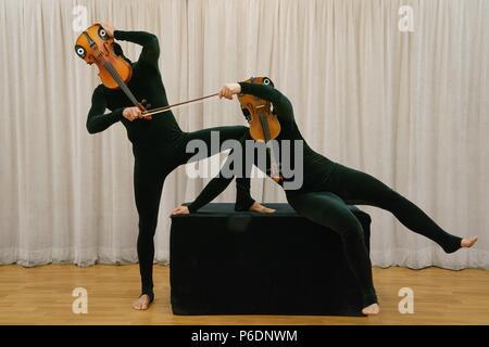 New York, NY, USA. 29 Juin, 2018. Exprimés en présence de Mummenschanz MUMMENSCHANZ pour debut nouveau spectacle 'toi et moi', Pearl Studios, New York, NY Le 29 juin 2018. Crédit: Jason Smith/Everett Collection/Alamy Live News