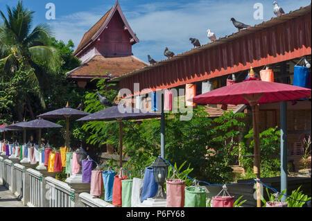 Situé sur la route Prapokkloa xvie siècle Wat Jetlin est souvent négligé dans l'ancienne ville touristique de Chiang Mai Thaïlande Banque D'Images