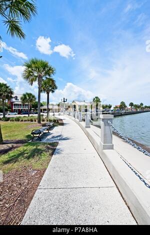 Un avis de l'organe à pied le long de la rivière Mantazas dans la ville historique de Saint Augustine, Floride, USA Banque D'Images