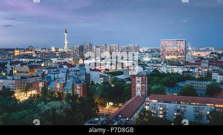 Vue sur les toits de Berlin à la tour de télévision, Berlin, Allemagne Banque D'Images