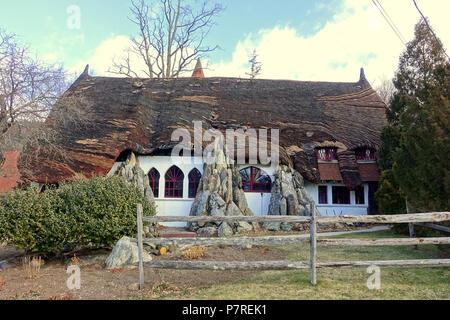 Anglais: Santarella - Tyringham, Massachusetts. Créé par le sculpteur Henry Hudson Kitson (1863-1947) comme sa maison et studio. 15 janvier 2017, 11:58:31 340 - Santarella Tyringham, MA - DSC07301