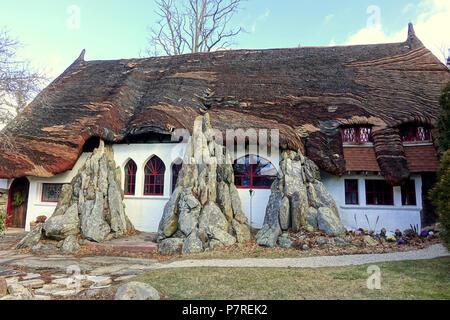 Anglais: Santarella - Tyringham, Massachusetts. Créé par le sculpteur Henry Hudson Kitson (1863-1947) comme sa maison et studio. 15 janvier 2017, 11:58:53 340 - Santarella Tyringham, MA - DSC07304