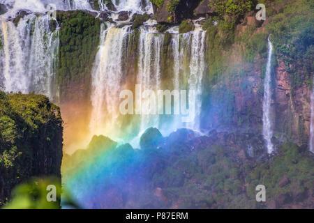 Célèbre d'Iguazu du côté brésilien. Banque D'Images
