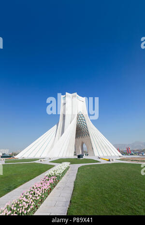 La tour Azadi, Borj-e Azadi, Téhéran, Iran Banque D'Images
