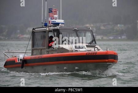 786cc1f5960 Les membres de la station de la Garde côtière canadienne Juneau de tester  les capacités de
