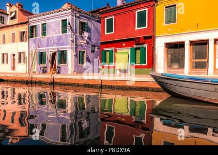 Burano colorés, une des îles de Venetial Banque D'Images