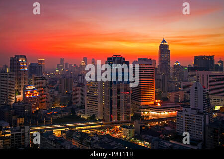 Bangkok city skyline at sunset, Thaïlande Banque D'Images