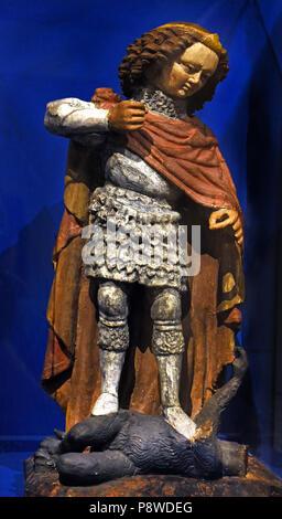 San Michele Arcangelo 1440-1449 par scultore Tirolese - Saint Michel Archange 1440-1449 par le sculpteur tyrolien Italie Italien Banque D'Images