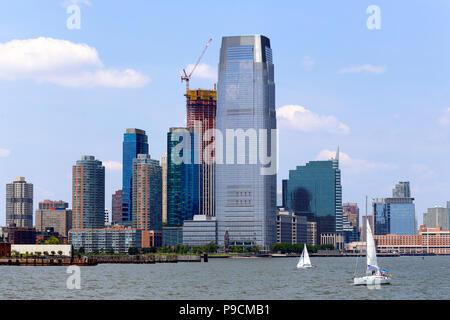 Toits de lieu d'échange, et la Tour Goldman Sachs à Jersey City, NJ Banque D'Images