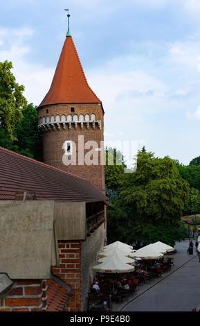Tour Haberdashers partie du rempart défensif autour de la ville de Cracovie, Pologne du Sud, l'Europe, Banque D'Images