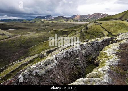 12.2005 et ridée paysage comme un résultat de l'activité dans geolocial Landmannalaugar (Montagnes de l'Arc-en-ciel), l'Islande Banque D'Images