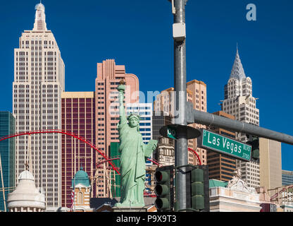 Strip de Las Vegas, le New York New York Hotel and Casino sur le Boulevard Las Vegas, Nevada, USA Banque D'Images